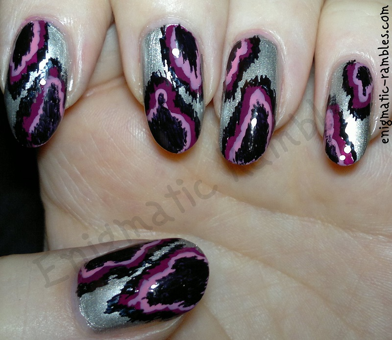 metallic-ikat-nail-art-nails-freehand