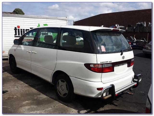 Buy Toyota WINDOW GLASS Price near me