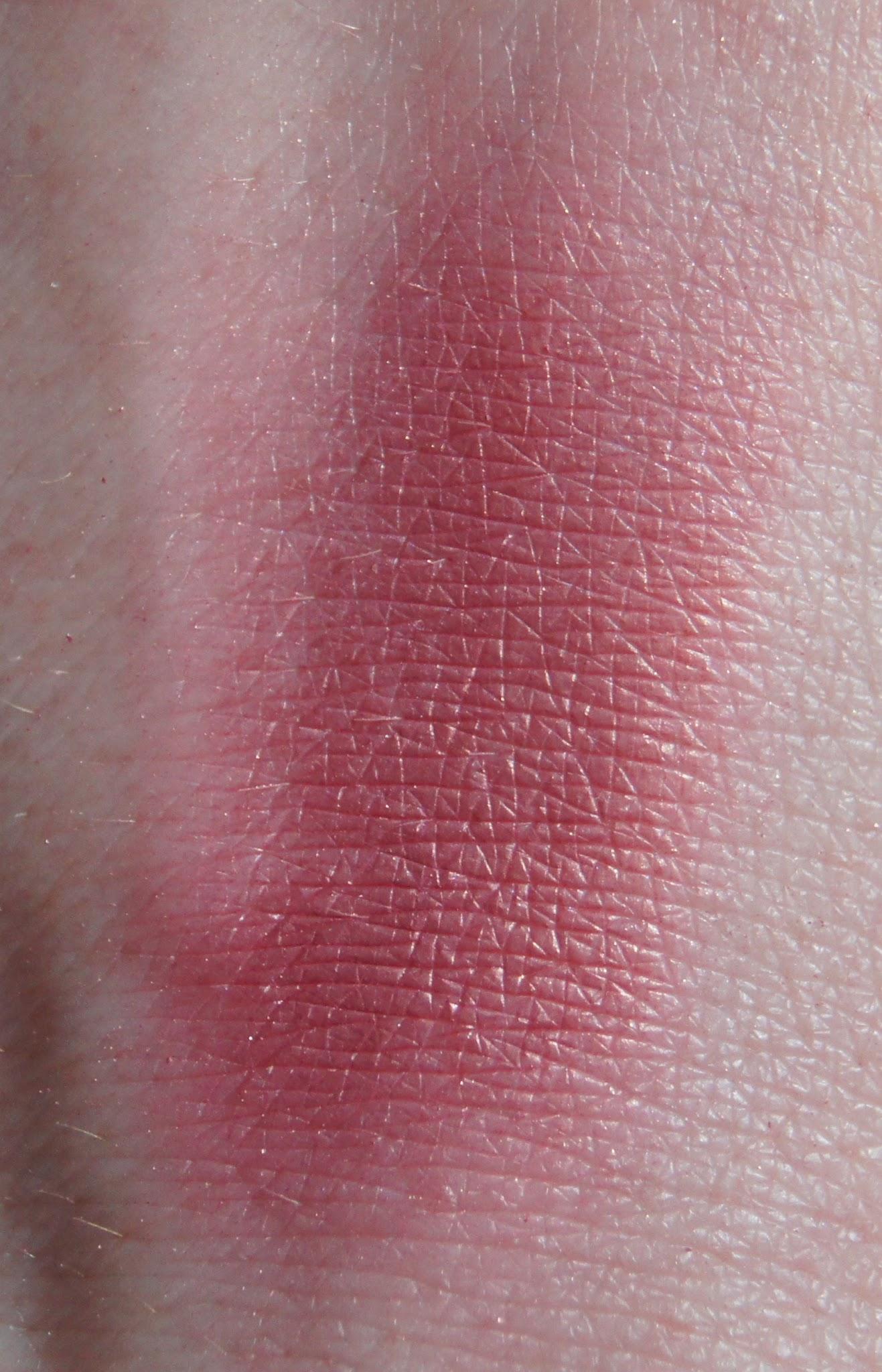 maybelline flash plum blush swatch