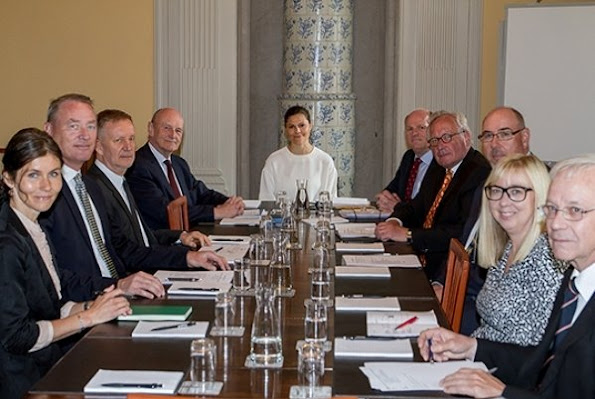 Board of Directors of the Foundation Princess Margareta's Landstormsvägen Fund meeting at the Royal Palace. Crown Princess Victoria wore Ralph Lauren pumps