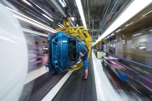 Το BMW Group επεκτείνει το δίκτυο παραγωγής του στην Ευρώπη