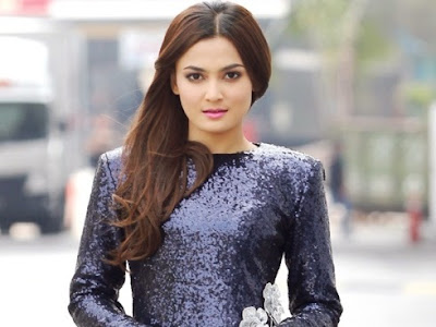 Biodata Penuh Pelakon Cantik Reen Rahim