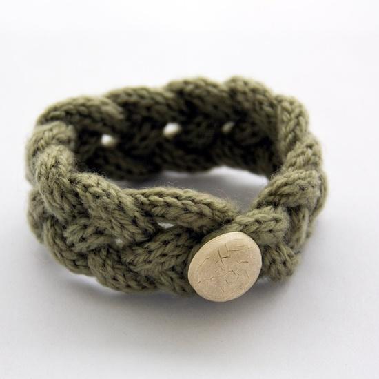Crochet.is.Fun: Spool loom
