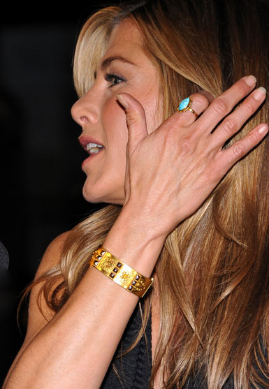 Jennifer Aniston Gemstone Ring   Jewellery Book