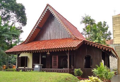 Rumah Adat DKI Jakarta | Rumah Kebaya