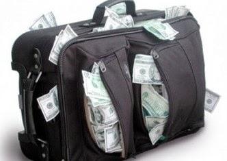 Necesitas dinero, ¿pides un préstamo o un crédito?
