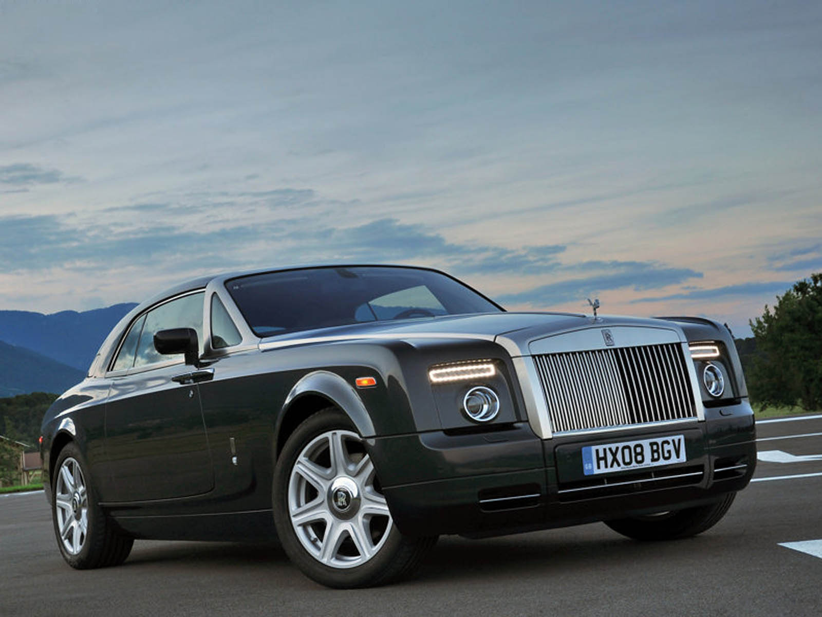 Rolls Royce Ghost 20 Car Background: Wallpapers: Rolls Royce Phantom Coupe Car Wallpapers