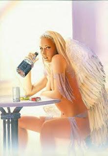 hombres y mujeres con alas, ángeles