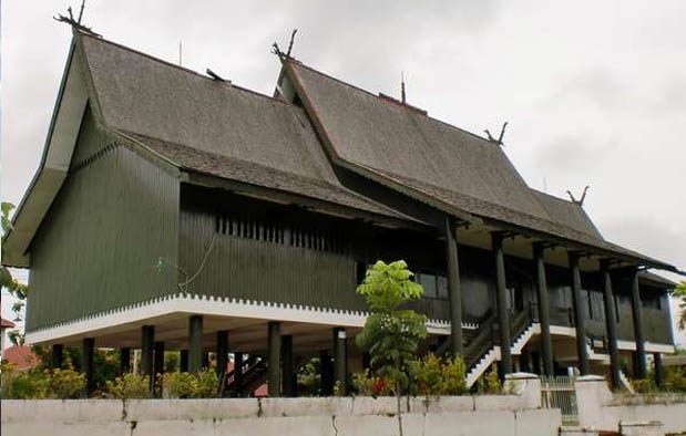 570+ Gambar Rumah Adat Kalimantan Terbaik