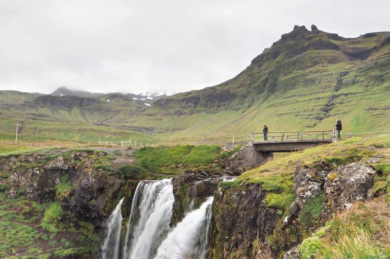 Cascade de Kirkjufell en Islande
