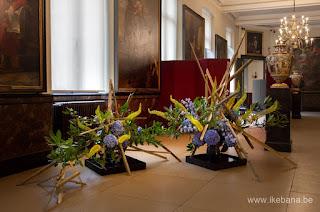 #生花 #いけばな #floralart #sogetsuikebana #草月 #生け花 #floraldesign #florist #floristry #floralarrangement #sogetsu #ikebanaIkenobo and Ohara,Sogetsu Azalea Studygroup