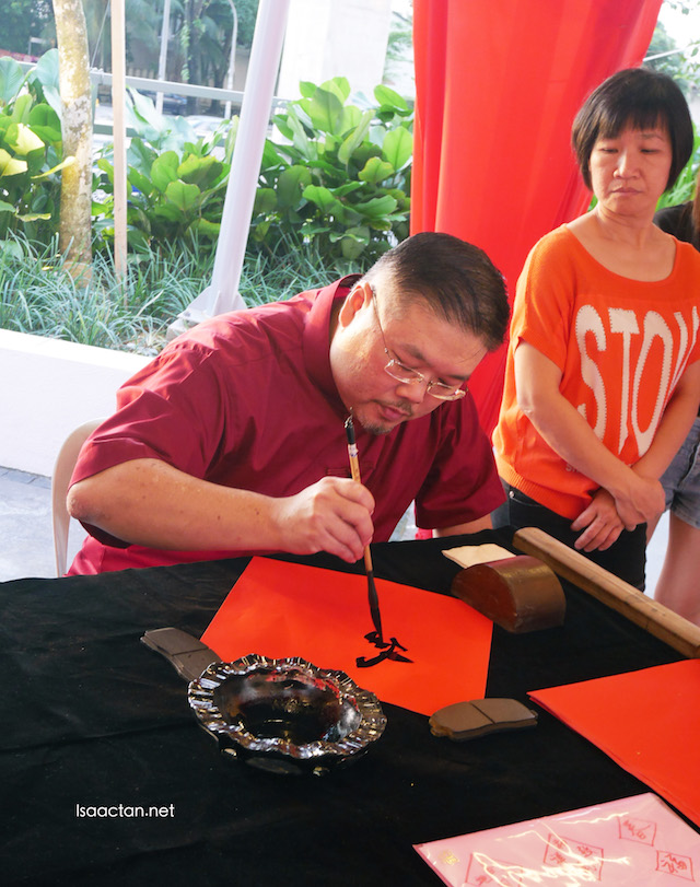 Calligraphy demonstration by the master