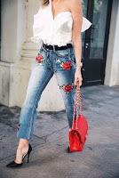 Como renovar tus viejos jeans y otras prendas con flores