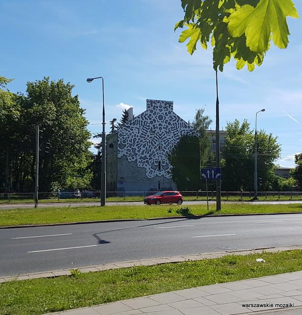 Warszawa Warsaw graffiti Ochota Banacha kamienica