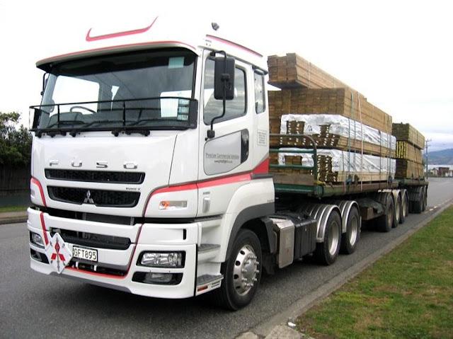 gambar truk fuso gandeng pajang terbaru