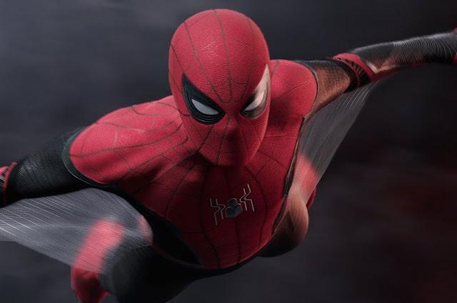 """Nova imagem de """"Homem-Aranha: Longe de Casa"""" sugere uma aliança arriscada"""