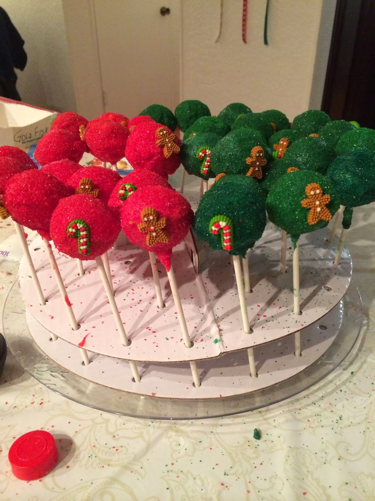 Beyond Frosted Cupcakes Christmas Cake Pops
