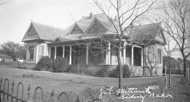 Julius and Emma Mittanck home, Kerrville, 1930s