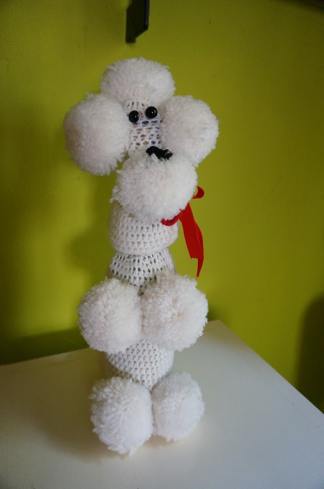 vintage french poodle bottle cover 1960s 60s crochet knit kitsch