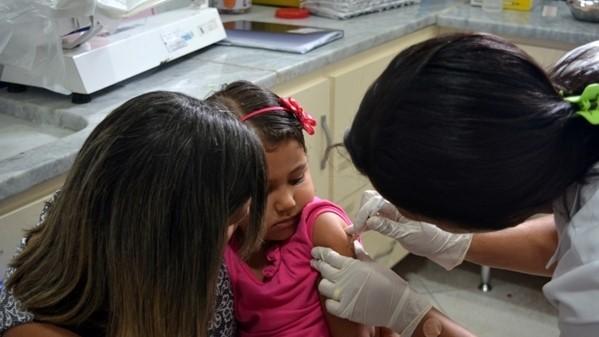 São Pedro da Aldeia é exemplo de vacinação contra Poliomelite e Sarampo e ultrapassa meta