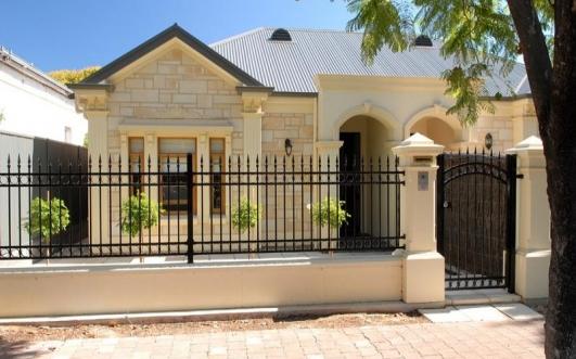Home Main entrance gate designs ideas.   Modern Desert Homes