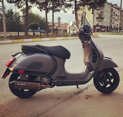 Fitur DEsign Vespa GTS 300