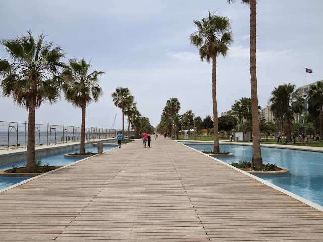 One Week in Cyprus: Limassol beach boardwalk