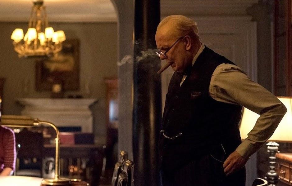 """Gary Oldman se torna Churchill no 2º trailer de """"O Destino de Uma Nação"""""""