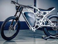 Tampilan sepeda motor 3D pertama di dunia