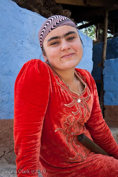 профиль знакомства девушки таджикистана