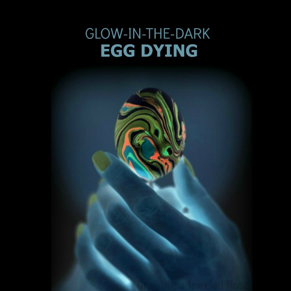 Glow-in-the-Dark Easter Egg activity for kids #eastercraftsforkids