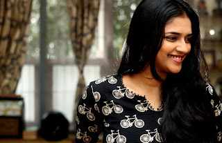 Tamil Actress Vasundra Latest Picture Gallery and Interview 0015.jpeg