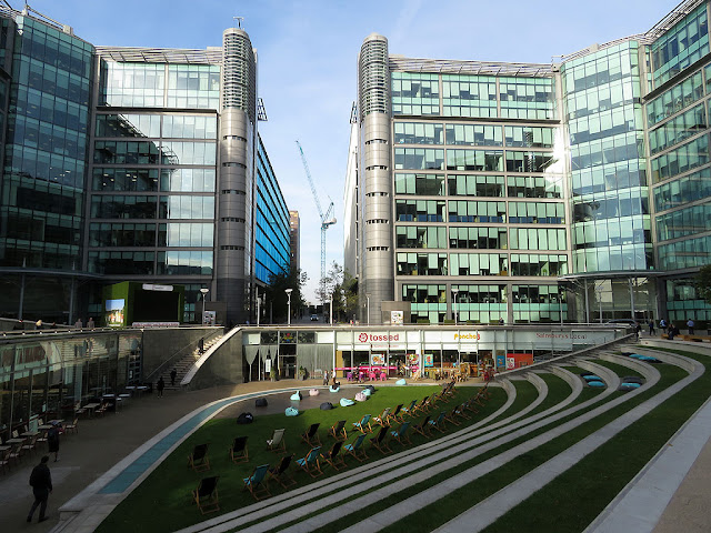 The Sheldon Square amphitheatre, PaddingtonCentral, Paddington Waterside, London