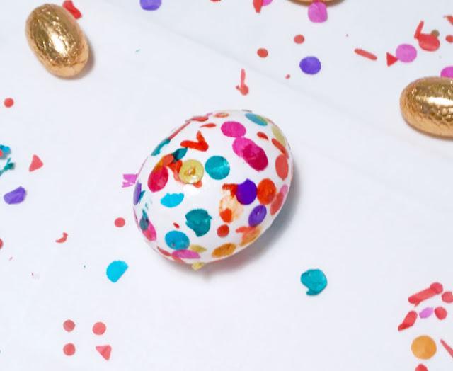 huevos-decorado-con-confettis