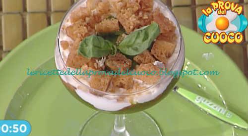 Prova del cuoco - Ingredienti e procedimento della ricetta Pappa al pomodoro con stracciatella di bufala e pane fritto di Natale Giunta