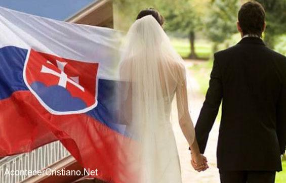 Eslovaquia protege la familia tradicional