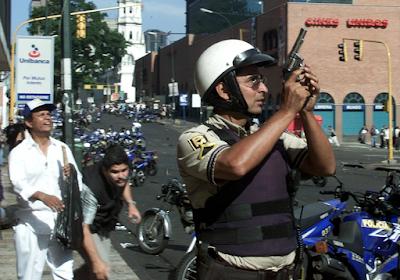 Una de las imágenes que tomé el día del golpe de estado contra el Presidente Venezolano Hugo Chávez  (Foto ©Chico Sánchez-Reuters Derechos Reservados)