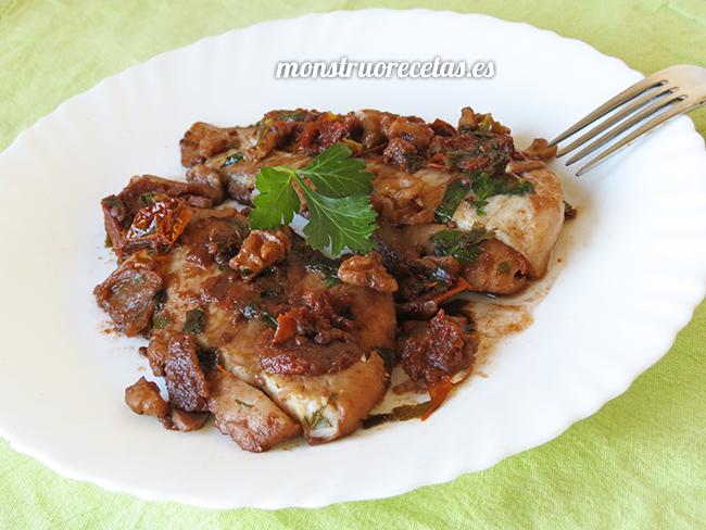 Merluza con nueces en salsa de tomate seco el monstruo de las recetas - Cocinar merluza en salsa ...