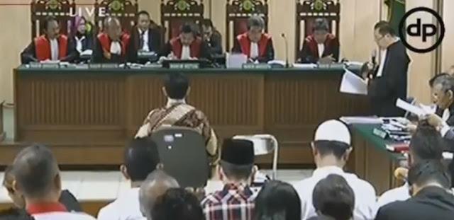 Ini Eksepsi Lengkap Ahok, Menangis di Depan Majelis Hakim