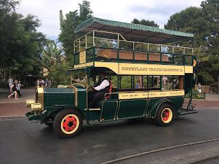 Disneyland Omnibus Main Street USA