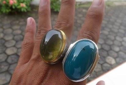 kegunaan batu bacan doko,batu bacan hijau,khasiat batu bacan,batu bacan garut,khasiat batu bacan obi kuning,batu bacan elektrik,batu bacan biru,batu bacan palamea,