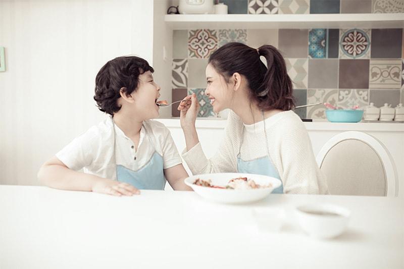 Ca sĩ Trương Quỳnh Anh: 'Tôi luôn tôn trọng quan điểm của con' -4