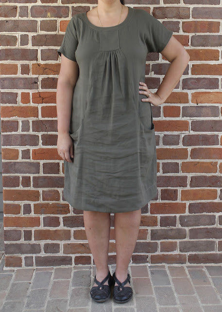 Short-sleeved linen dress made from the Lisette Portfolio/Simplicity 2245 sewing pattern.