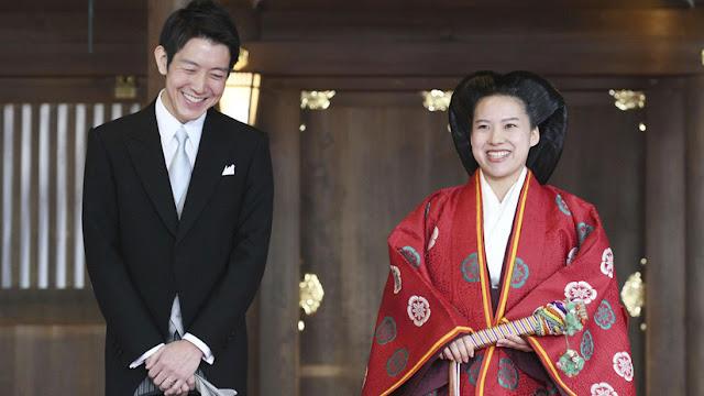 La princesa Ayako de Japón se convierte en plebeya tras casarse con un empleado transportista