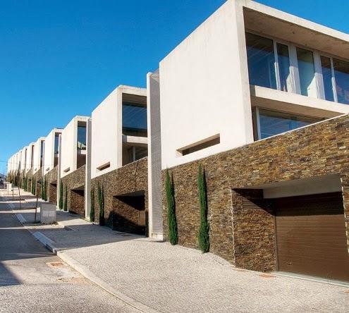 Fachadas de piedra febrero 2014 for Fachadas exteriores de casas modernas