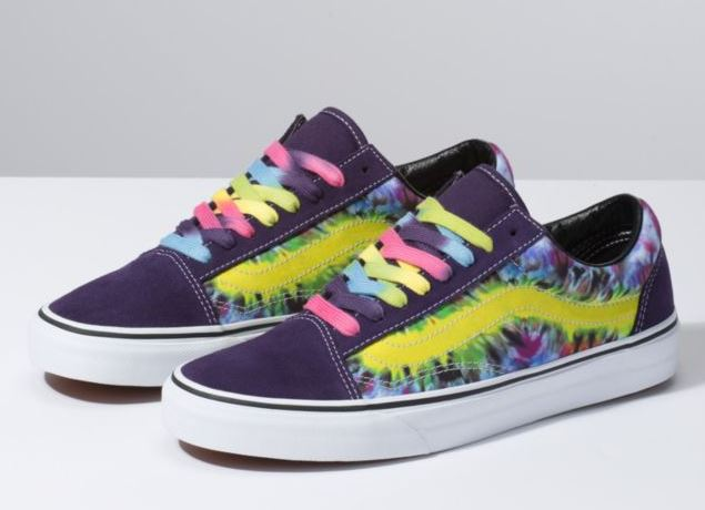 9061424267 The OG skate shoe has been reimagined in a vibrant color scheme turning out  to be a go-to statement shoe that you would wear from the skate park to the  dog ...