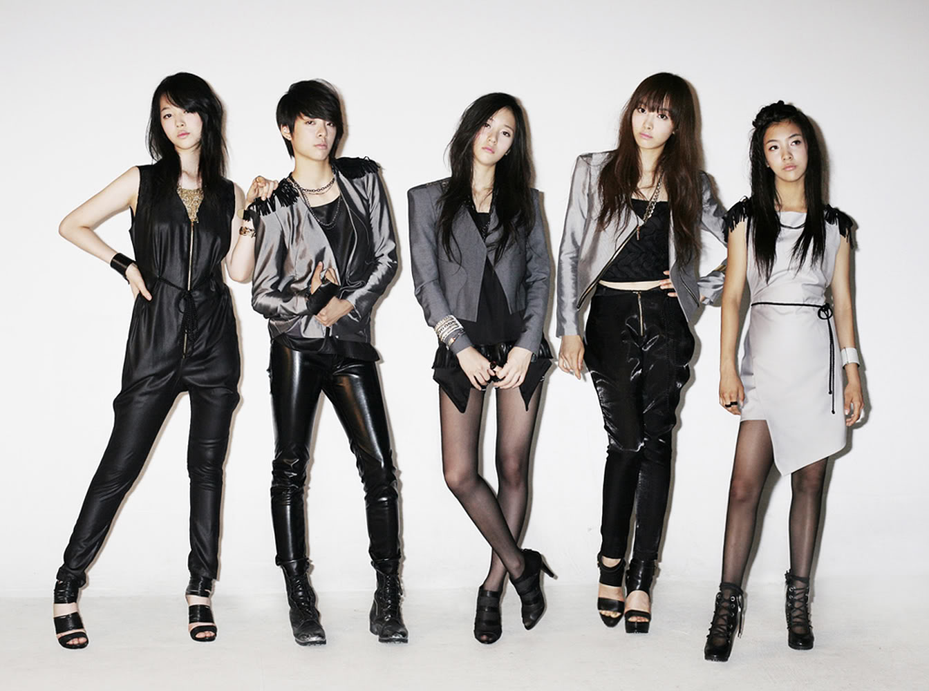 K-Pop Girl Group Profiles: f(x) F(x) Members 2013
