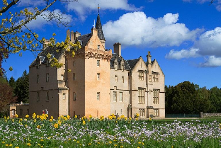 24 Magical Fairytale Castles In Scotland Pg 24 Travel Daisy