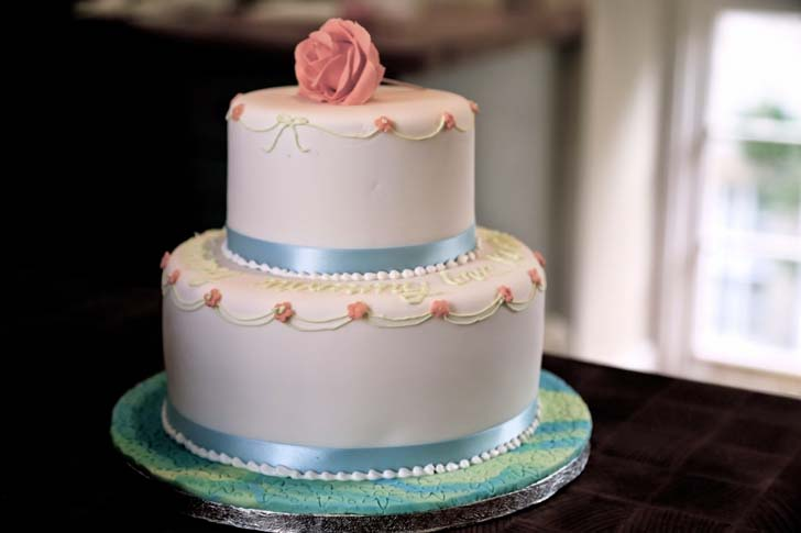 Top 5 Outrageous Wedding Cakes   Cake Magazine Outrageous Wedding Cakes Outrageous Wedding Cakes Wonderful Wedding Cakes