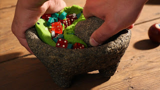 fresh guacamole-molcajete